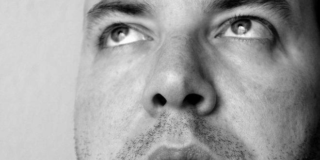 Pickel in der Nase loswerden - Das hilft gegen die