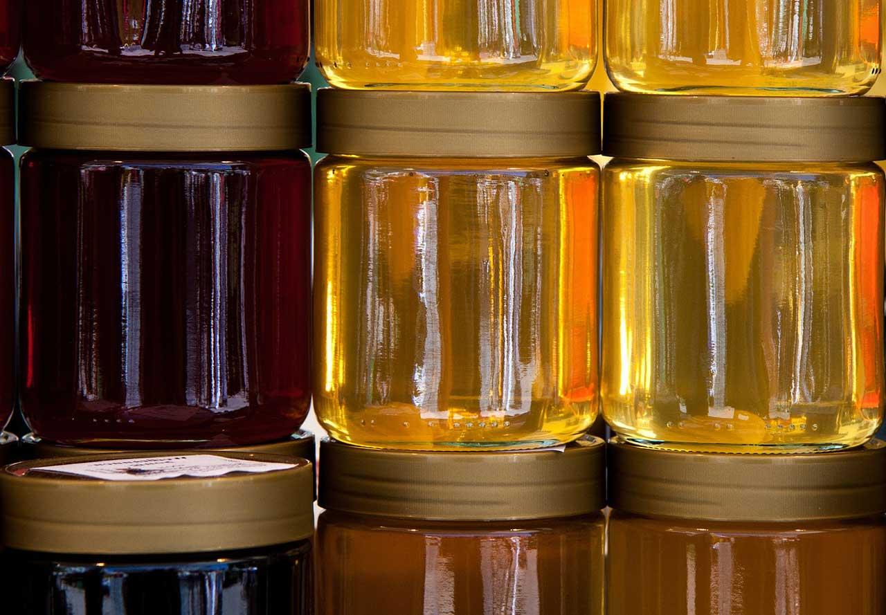 Honig gegen Pickel um Entzündungen zu stoppen und Zellen zu erneuern!