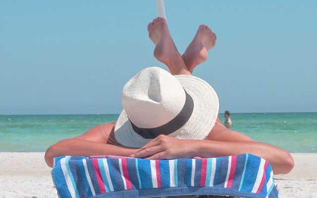 Sonne nach Hyaluronbehandlung - Meiden Sie in einem weiten Zeitraum direkte Sonneneinstrahlung